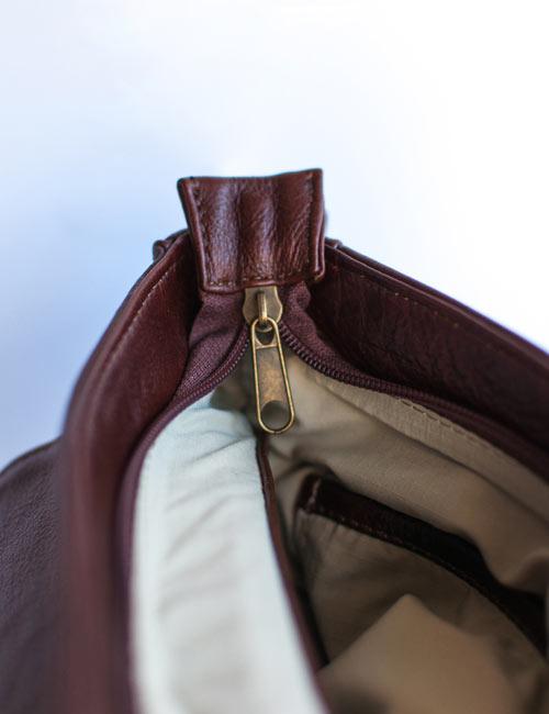 rheese-leather-satchel-bag-inside