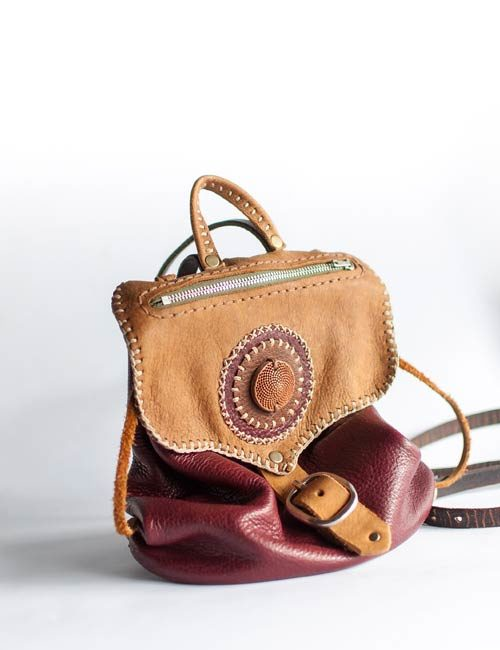 steampunk-backpack-leather-with-protea-detail