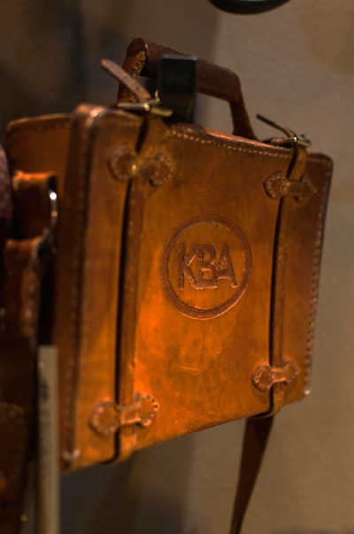 gallery-vintage-leather-suitcase-brown-modern-and-tribal