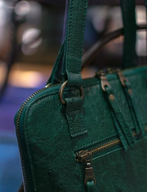 anele-green-ostrich-leather-canvas-bag-4