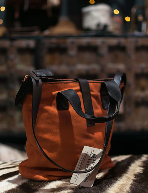 wax-canvas-orange-handbag-with-leather-straps-3
