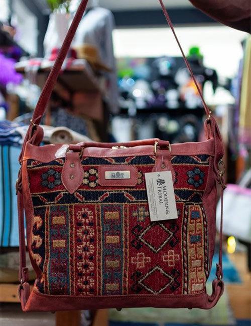 themba-kilim-and-leather-handbag